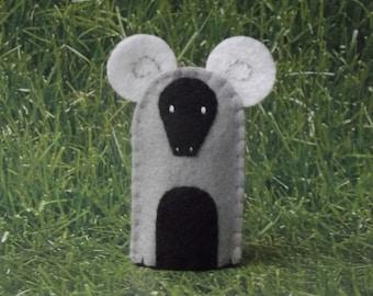 Ram Finger Puppet - Felt Animal Finger Puppet Aries the Ram - Felt Finger Puppet Ram Sheep - Farm Animal Finger Puppet