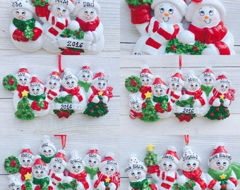 Personalised Family Christmas/Xmas Tree Decoration - Snowmen, 2,3 4 5 6 7 8 Grandchildren, Grandparents gift, Snow family