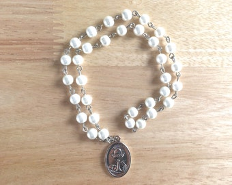 Blessed Sacrament Handmade Catholic Chaplet with Ivory Glass Pearl Beads