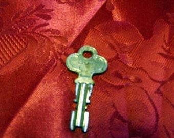Vintage Chevrolet Door Key No. CH71