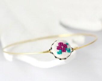 Tiny violet bangle bracelet, stackable bracelet br004