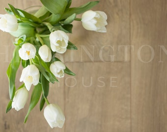 Flower styled stock photography | Tulips stock image - Wood stock image - Blog stock photo - Flower stock photo - Minimalist stock image