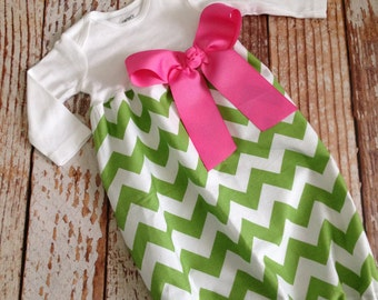 Newborn Layette, Infant Gown, Baby Gown - Easter - Spring - Green Chevron