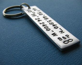 Couples Keychain - Coordinates Keychain - Custom Coordinates - Latitude Longitude Keychain - Gift for Him - Gift for Her - Boyfriend Gift