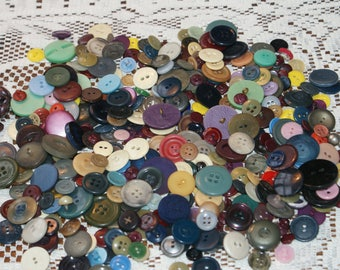 """Vintage Bulk Over 10 oz 400 Mix Colored Buttons  3/8 to 1 1/16""""  Lot 1887"""