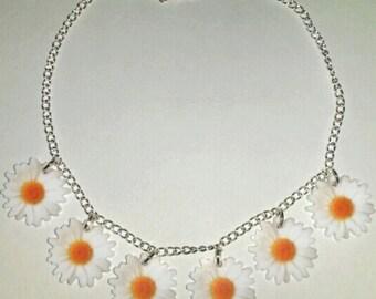 White Flower Daisy Chain Summer Festival Hippie Necklace