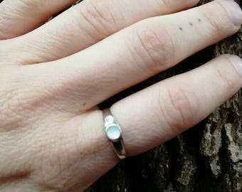 vintage sterling silver MOTHER OF PEARL mermaid ring