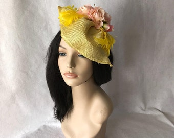 Yellow Kentucky Derby hat, Derby Fascinator, Yellow Wedding Hat, Mother of the Bride, yellow Church hat, Hat for races, ready to ship,