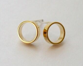 Gold Circle Stud Earrings - Minimalist Faux Hoop Studs - Geometric Jewelry - Medium Simple Open Circle Gold Studs - Hook and Matter Brooklyn