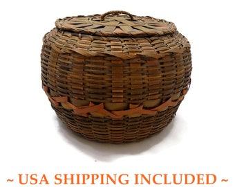 Antique NE Native American Basket Round Lidded Dyed Splint