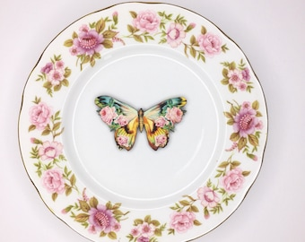Pink Rose Butterfly 3D Wall Plate Duchess Kitsch Display Art Sculpture Pattern for Wall Collage Decor Birthday Wedding Gift