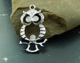1 silver OWL charm pendant