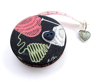 Tape Measure Knitted Hearts Retractable Measuring Tape