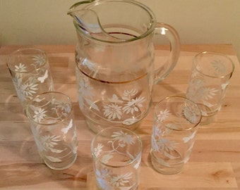 Vintage Anchor Hocking Glass Pitcher And 5 Glasses set (Clear With White Flowers And Butterflies)