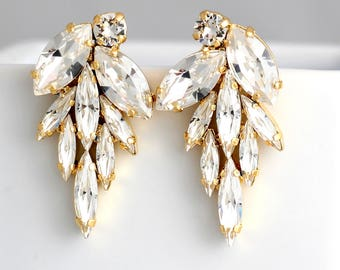 Bridal white Crystal Cluster Earrings, Swarovski Bridal Earrings, Bridal Earrings,Statement Bridal Earrings, Silver Bridal Crystal Earrings