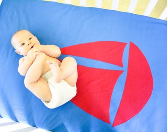 Organic Cotton Baby/Toddler Fleece-Backed Blanket -- Marine Blue with Red Sailboat -- Fits Crib/Toddler Bed