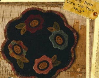 "Wool Flower Penny Rug Mat Flower Pattern 8.5"" from Buttermilk Basin Round - May"