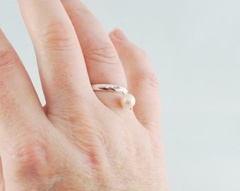 White Pearl Stacking Ring, Silver Plated Brass, Genuine Freshwater Pearl, Adjustable Size, Wire Wrapped Simple Jewelry
