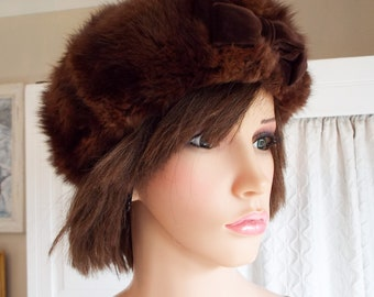 Vintage 40s fur hat Chocolate brown musquash mink fur hat Real fur hat Dark brown mink fur hat Made in London Excellent condition