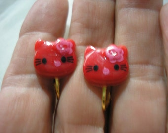 """Play Earring - Clip - Kitty - Red/w Pink Flower - 5/8"""""""