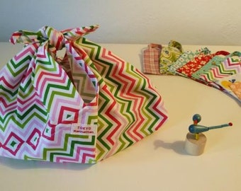 Japanese traditional Eco bag with matching mini bag    Green and Pink Zigzag fabric