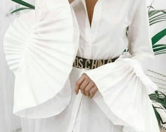 Woman's shirt with collar and double pleated sleeves Farao. Spectacular!! Promotional price only for the month of May.
