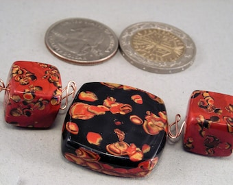 Handcrafted Red Black Loose Beads No. 107 - Set of Three
