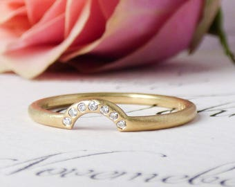 Orla 18ct Fairtrade Gold Ethical Wedding Ring with Conflict Free Diamonds