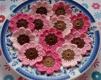 12 Crochet Flowers In Lt Pink, Pink , Bubble gum Pink, Lt Brown, Brown YH-019-02