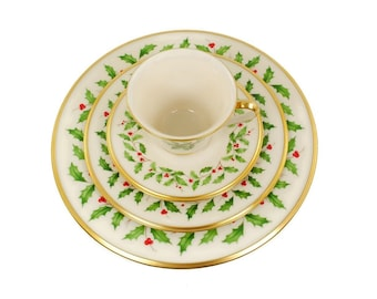 Vintage Lenox Holiday China / Holly Berry Pattern / Christmas Dinnerware