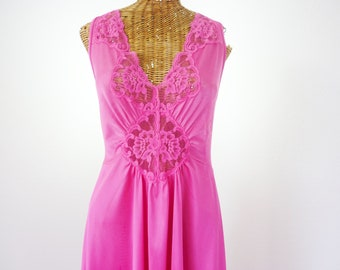 Vanity Fair Pink Nightgown Lace Spandex Bodice Waltz Length XL
