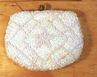 Vintage 1960s Corliss Cream Sequin and Beaded Change purse