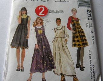 McCall's Pattern 2910 Misses' 2 Hour Jumper Size 6-10 2000