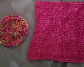 Knitted washcloth and scrubby