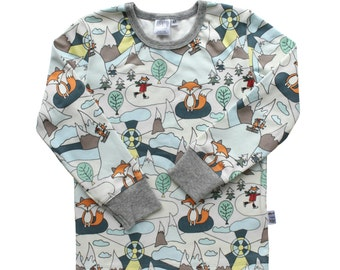 Fox kids clothes -ORGANIC shirt -Long sleeve top -Winter woodland -Skiing, ice skating foxes shirt for girls & boys. Gender neutral clothing