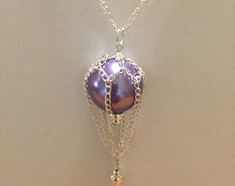 Hot air balloon pearl pendant necklace