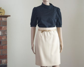 Cream Valentino Boutique skirt ~ vintage 70s knee length pencil skirt with pockets size 8 S