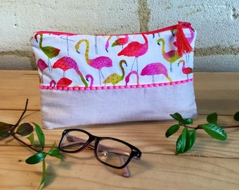 "Cotton, linen and faux leather pouch ""flamingos"" and a small tassel."