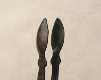 Antique Brass Tongs, Vintage Kitchen Decor, Antique Kitchen Utensil, Tiny Tongs