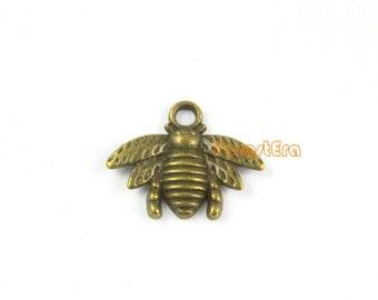 50Pcs Antique Brass Bee Charm Bee Pendant 16x21mm (PND956-13588)