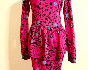 NWOT Betsey Johnson Leopard Vampire Marilyn Monroe Hot Pink Peplum Dress