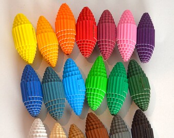 Choose your color: Paper Beads made of corrugated cardboard