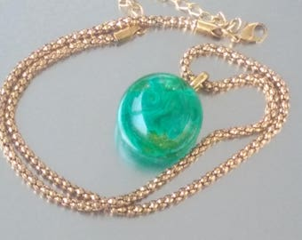 Necklace: Swirls of clear - glass Lampwork pendant.