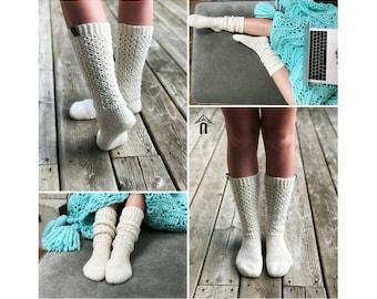 Lace Sock Crochet Pattern - Lace Crochet Pattern for Sock - Endless Lace Socks Crochet PATTERN by Sentry Box Designs