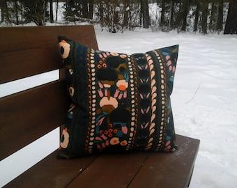 Pillow cover made from Marimekko fabric Tuppurainen, floral green accent pillow, modern throw pillow or cushion cover, Scandinavian decor