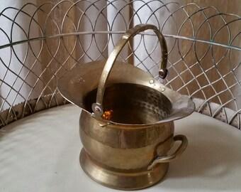brass holder/vase with handle