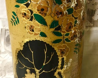 Decorative OLD tin can