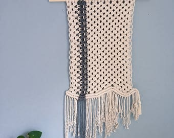 The 'Streak and Wave' Macrame Wall Hanging // Knotted wall Art / Tapestry