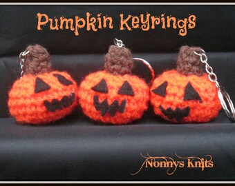 Crochet Pumpkin Keyrings, in stock and ready to post