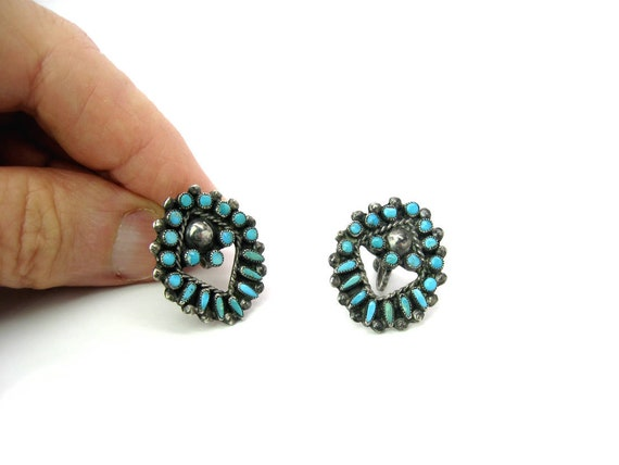 Vintage Zuni Turquoise Petit Point & Snake Eyes Sterling Silver Earrings